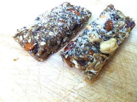 No-Bake Granola Bars (gluten-free, low sugar)