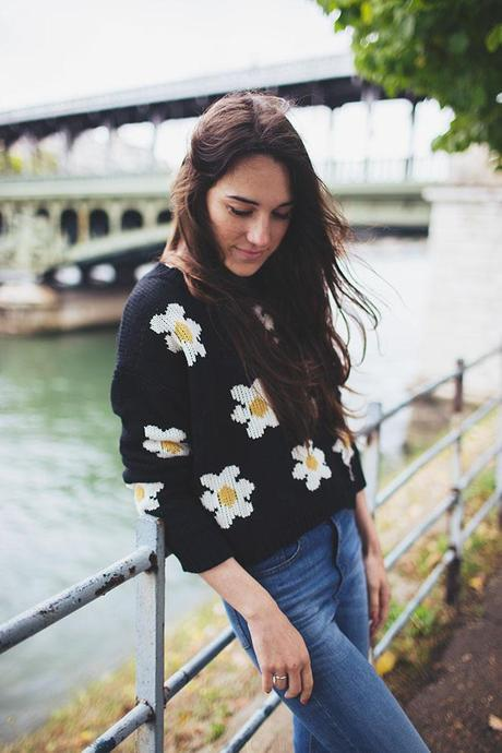 how to style a daisy sweater