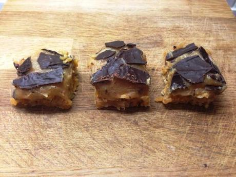 abstract cracked chocolate millionaires banoffee flapjack recipe great bloggers bake off