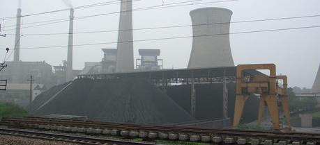 An operating power plant in China. (Credit: Tobixen http://en.wikipedia.org/wiki/User:Tobixen)