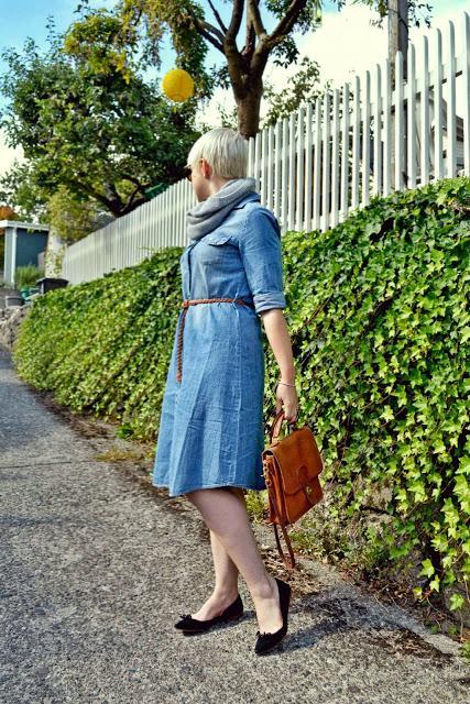 Look of the Day: Chambray Shirt Dress