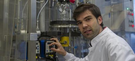 The UPV/EHU researcher Ion Agirre believes it will take time for the conclusions to be turned into industrial processes. (Credit: UPV/EHU)