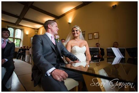 Notley Abbey Wedding Photographs 014