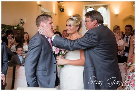 Notley Abbey Wedding Photographs 013
