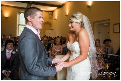 Notley Abbey Wedding Photographs 015