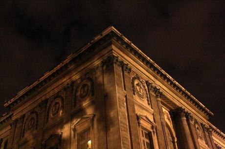 paris louver at night