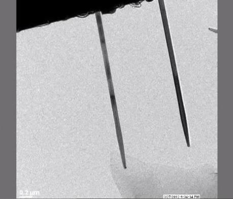 The nanowire on the left is connected to the lithium metal. Watch the full litiation process on a video below.