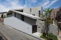 House in Hyogo by Shogo Aratani Architect & Associates