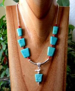 Photo Trapizoid Turquoise Necklace