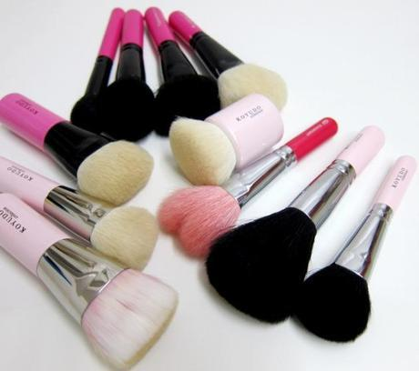 pink handled brushes 2