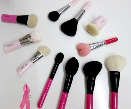pink handled brushes