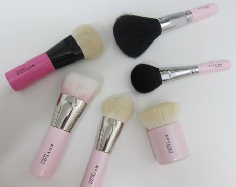 #operationpink – Guest Post by Elaine featuring Her Pink-Themed Makeup Brush Collection