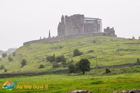 Cashel%20%288%20of%2015%29 L Friday Foto: The Rock of Cashel, Seen Through a Misty Irish Rain