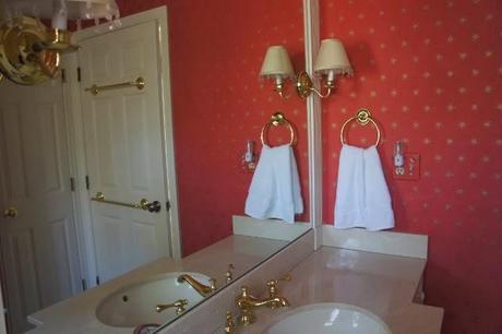 Quick Guest Bathroom Update