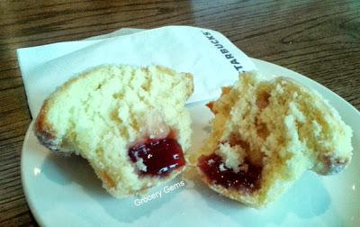 Review: Starbucks Duffin - Doughnut & Muffin in one