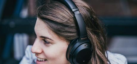 Gaming Wireless Headphones with Mic Under 1500