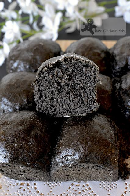Super Soft Black Sesame Marble Swirl Bread Loaf - HIGHLY RECOMMENDED!!!