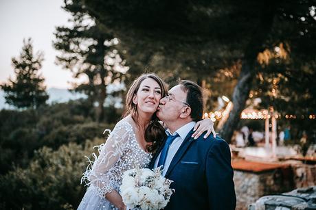 al-fresco-summer-wedding-athens-white-blooms-romantic-details_23