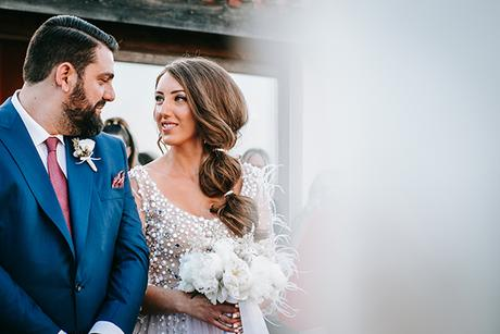 al-fresco-summer-wedding-athens-white-blooms-romantic-details_19