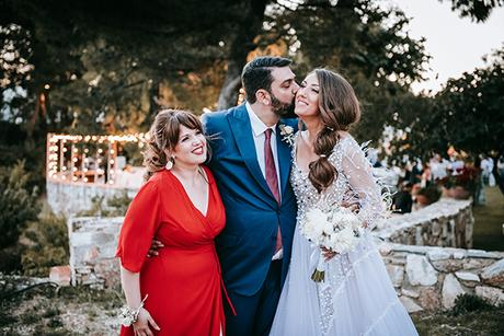 al-fresco-summer-wedding-athens-white-blooms-romantic-details_22