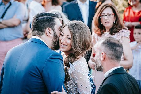al-fresco-summer-wedding-athens-white-blooms-romantic-details_17