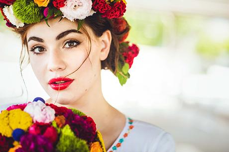 colorful-styled-shoot-with-modern-flair_01
