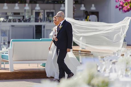 romantic-summer-wedding-athens-lovely-flowers_11