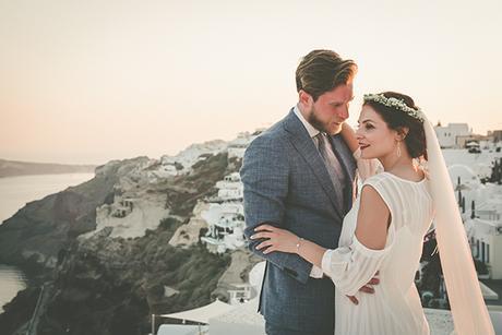summer-romantic-wedding-santorini-white-peonies-roses_24