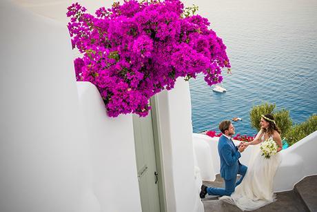 summer-romantic-wedding-santorini-white-peonies-roses_02