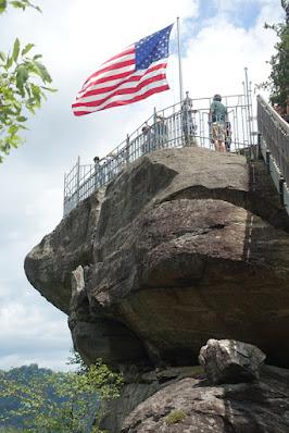 CHIMNEY ROCK STATE PARK, NORTH CAROLINA: Hiking, Nature, and Spectacular Views