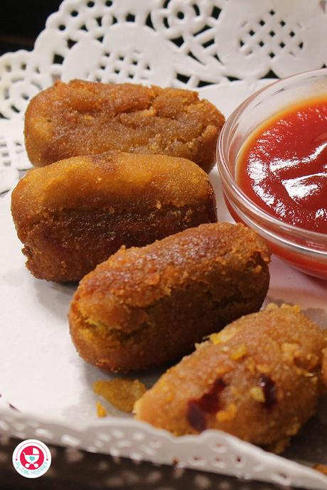 This wholesome homemade crispy veggie nuggets recipe for kids, will steal the heart of every kid and adults in your family!
