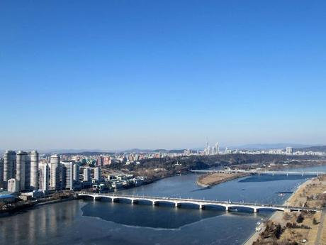 Rollin' On The River... Pyongyang's Taedong, DPRK!