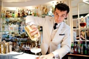 The amercan bar bartender