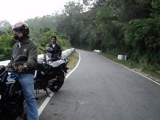 27) Chamundi Hills (Mysore) & Balmuri Falls : (5/1/11)