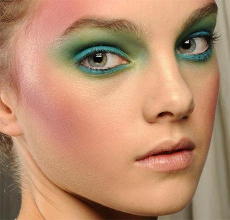 Fashion Week: LFW Week: Vivienne Westwood:Vivienne Westwood LFW SS12 Backstage Beauty MAC COSMETICS