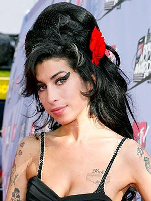 amy-winehouse-300_1.jpg