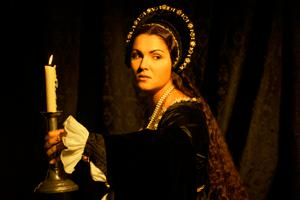 Off With Her Head: Live-casting the Anna Bolena Premiere.