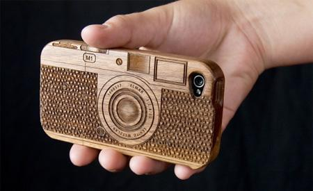 Beautiful Wooden Cases Designed For IPhone title post