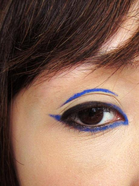 Go Bold in Black and Blue – IN2IT Waterproof Automatic Eyeliner double pack