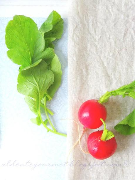 Of radishes and one thing you should know about radish green leaves