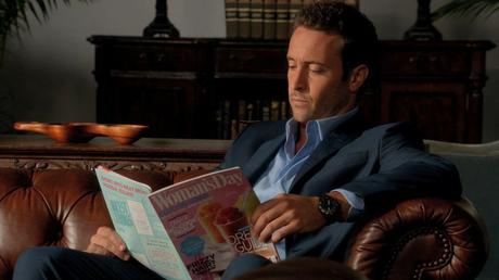 Steve McGarrett In The Governor's Waiting Room