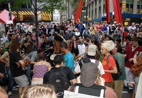 Occupy Wall Street: Pepper spray investigated; Anonymous gets involved