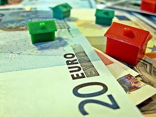 The Eurozone Crisis from a Dutch Perspective