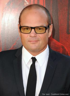 Chris Bauer guest stars on Hawaii Five-0