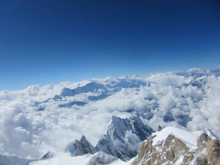 Himalaya Fall 2011: Summits To End The Season