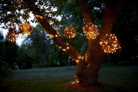 How to create stunning outdoor lighting with grapevine