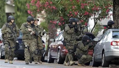 Image: Police search neighborhood