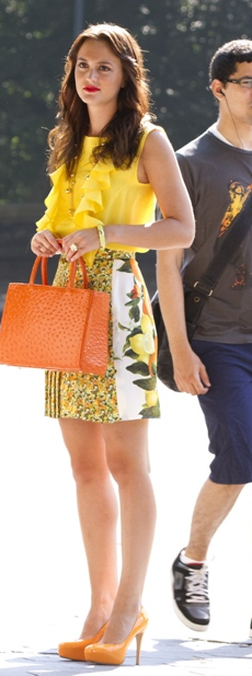 leighton meester wearing yellow on gossip girl