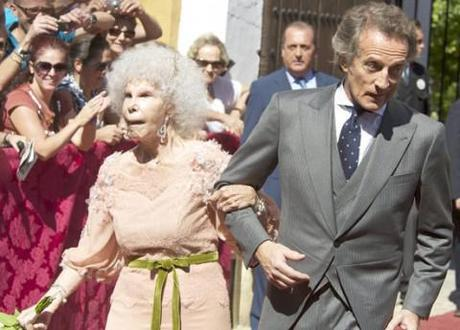 5 things we know about the Duchess of Alba, the octogenarian aristocrat who married a civil servant