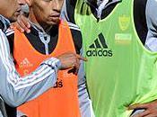 Roberto Carlos Chasing Name Trio Anzhi